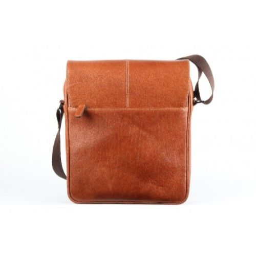 Elan Leather Shoulder Bag With Flap-Tan